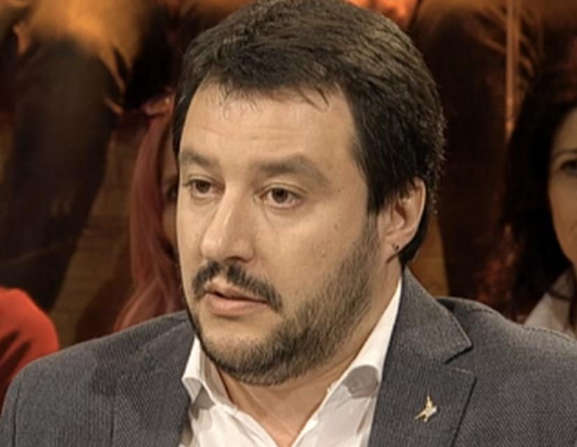 Salvini chiede confronto pubblico a Renzi