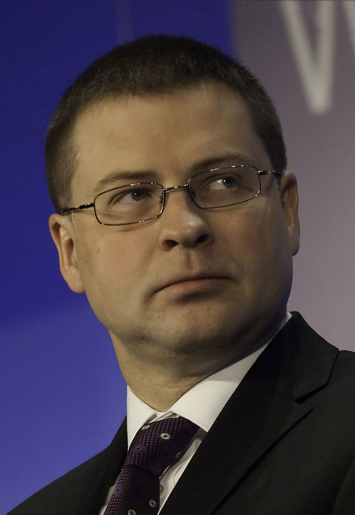 Dombrovskis, bene l'accelerazione delle riforme in Italia