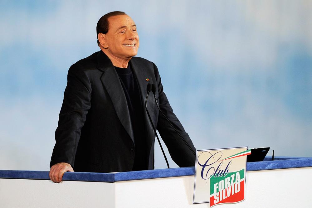 Estinta la pena di Berlusconi, ma resta la Severino