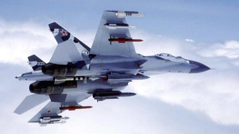 Mancata collisione per un soffio tra aerei da guerra russo e americano
