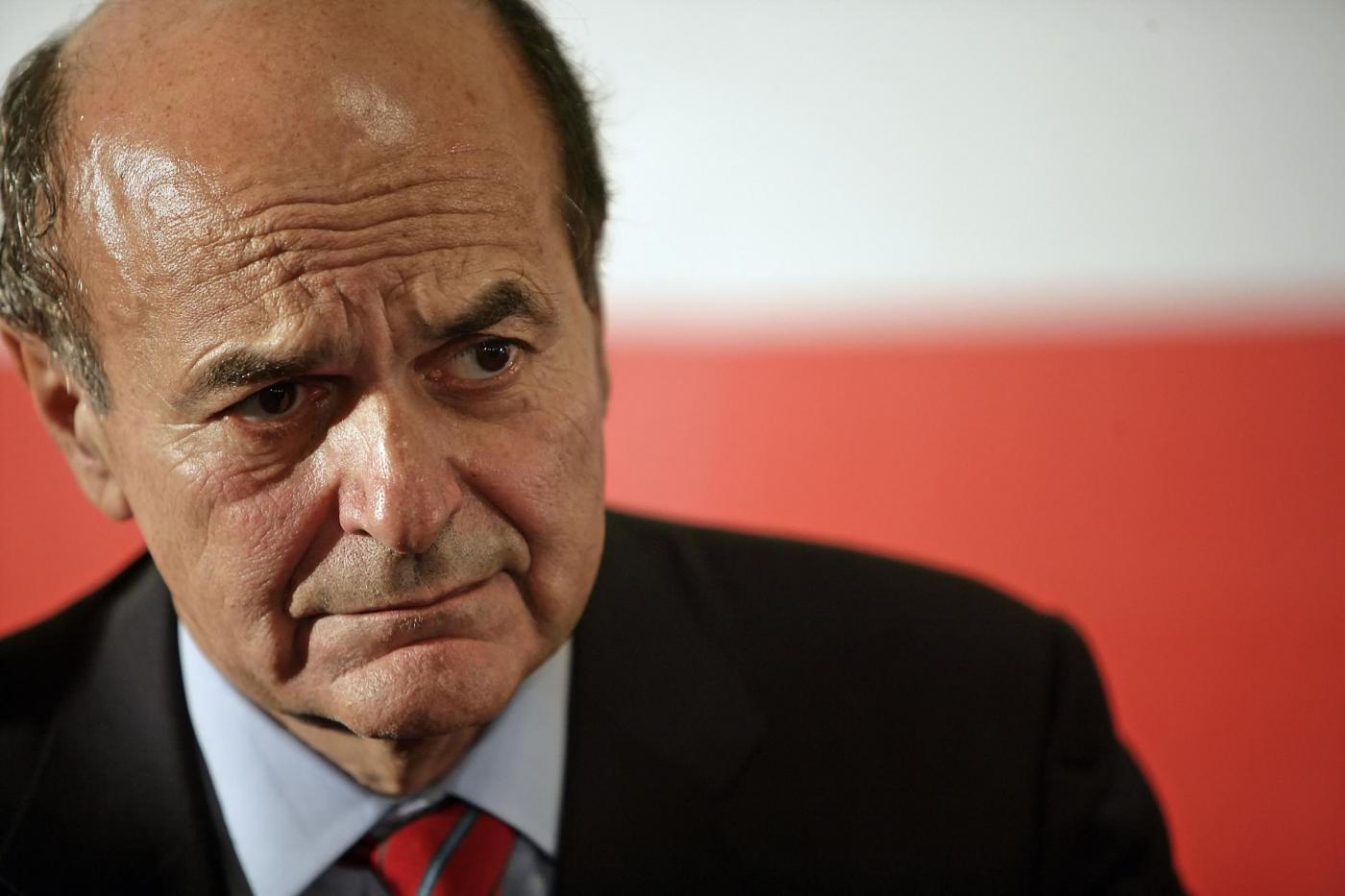 Tensione nei dem sull'italicum, Bersani attacca