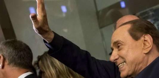 Berlusconi, solite promesse sul taglio delle tasse da Renzi