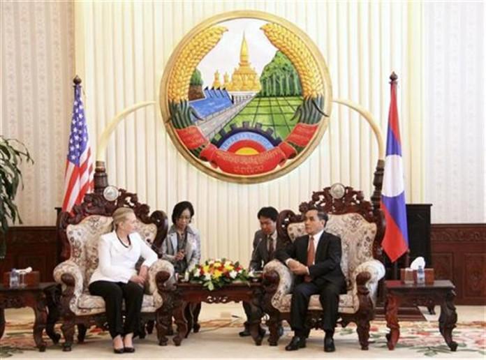 USA in Laos per ripulire il territorio dalle bombe