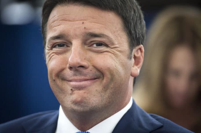 Renzi a muso duro contro l'Ue: «E' immobile sulle grandi crisi»